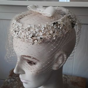 Vintage Accessories - Vintage Open Netted Hat With Flowers